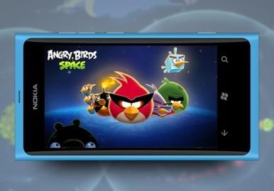 Angry Birds Space prvo stiže za telefone iz Lumia serije