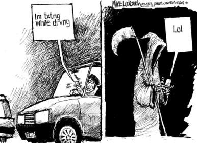 Internet je pun slika stravičnih nesreća uzrokovanih tipkanjem u toku vožnje, mi smo mi smo ipak izabrali jednu koja na humorističan način oslikava opasnosti nepažnje..