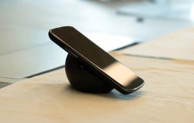 Bežično punjenje telefona